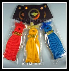 Kimsmom76: Graduation Tassel Cookies - Tutorial