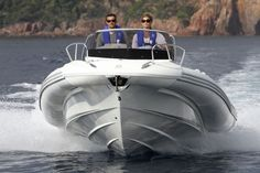 "Cabin rigid inflatable boat (outboard, twin engine, sundeck) - N-ZO 700 - 6.99m - 22' 11""ft - ZODIAC - Videos"