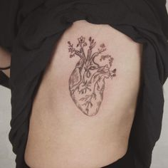 heart with wildflowers - tattoo people toronto - jess chen