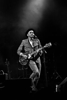 Hawksley Workman - Looking forward to seeing him on Saturday in Appleton, Ontario! Christmas Tree Feathers, Merry Christmas My Love, Fogo Island Inn, New Year Hairstyle, Love Yourself Lyrics, Music Pics, Teaching Music, Glam Rock, Playing Guitar