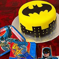 Bam! Pow! Here's how to create the ultimate crime-fighting Batman fondant cake!