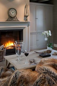 Neutral chalky shades, nice and cosy