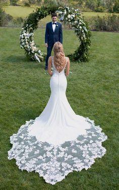 Botanical Lace Wedding Dress with Shaped Train - Martina Liana #weddings