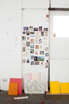 the Studio Benoît Van Innis 2 Kind, Home Office Space, Inspiration Wall, Fashion Room, Cool Rooms, Beautiful Interiors, Office Decor, Interior And Exterior, Wall Decor
