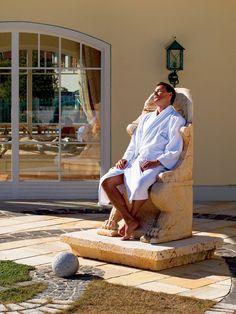 Wie ein König... Entspannung in der Wellnessresidenz Schalber in Serfaus. Traumurlaub in Serfaus-Fiss-Ladis / Tirol #serfausfissladis #hotelschalber #schalber #wellnessresidenz Recovery