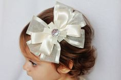 flower girl bow