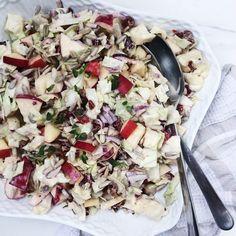 Spidskålssalat med æbler Super god😉😉 How To Cook Broccoli, Cooking Broccoli, Cooking Courses, Danish Food, Sugar And Spice, Delish, Side Dishes, Food Porn, Veggies