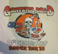 Hey, I found this really awesome Etsy listing at https://www.etsy.com/listing/170925527/grateful-dead-1985-20-years-anniversary