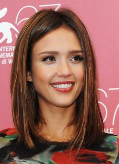 Hair Lookbook: Jessica Alba wearing Medium Straight Cut (12 of 24). Jessica showed off her radiant locks while hitting the Venice Film Festival.