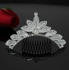 2014 New Design Alloy Bridal Headpiece hair Comb Tiara Wedding Jewelry