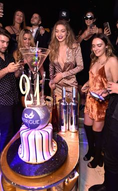 Gigi Hadid Stuns in Sexy Boots at Birthday Party in Las Vegas—and Leonardo DiCaprio Was There Too | E! Online