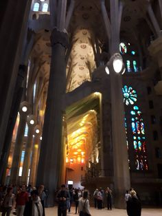 Private city tours with a local guide at the most famous sights. Visit sagrada familia the picasso museum or combine them both Fc Barcelona, Gaudi, Times Square, Tours, English, Lights, City, Travel, Sagrada Familia