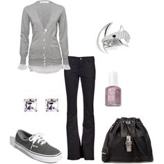 Outfit gray shoes