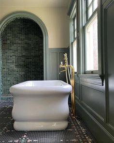 "Bathrooms of Instagram's Instagram photo: ""Look Good. Feel Good. 🙌 Repost from @jhinteriordesign #jhidalbeehouse #bathtub #bathtubgoals #bathtubs #freestandingbath…"" Clawfoot Bathtub, Corner Bathtub, Architecture Details, Our Love, Master Bathroom, Indoor, Interior Design, Projects, House"
