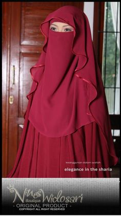 Are you a niqabi trying to go outside the simple single layer niqab style? Try wearing a butterfly cut with a matching abaya.Totally fell in love with length and butterfly design Muslim Women Fashion, Islamic Fashion, Hijab Style Dress, Hijab Outfit, Niqab Fashion, Fashion Outfits, Islam Women, Hijabi Girl, Muslim Dress