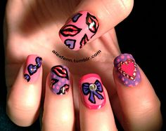 Valentine/girly pink heart and bow nails por CompulsiveNails