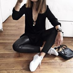 The perfect styling of the black shirt dress