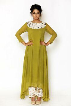Pakistani Outfits, Indian Outfits, Kurti Pakistani, Ethnic Fashion, Asian Fashion, Hijab Fashion, Indian Attire, Indian Wear, Desi Clothes