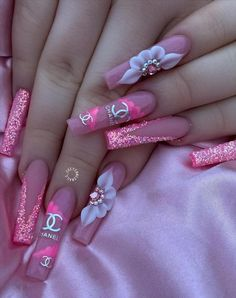 Pink Stiletto Nails, Acrylic Nails Coffin Pink, Summer Acrylic Nails, Bling Nails, Swag Nails, Glitter Nails, Coffin Nails, Summer Nails, Hot Nail Designs
