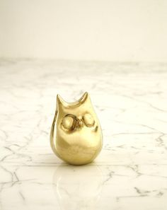 chubby brass owl bottle opener...adorable! #home #owls