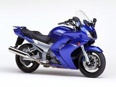 sports bike. #YamahaBikes
