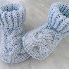 Crochet kids socks pattern free knitting Ideas for 2019 Knitting For Kids, Baby Knitting Patterns, Crochet For Kids, Knitting Socks, Baby Patterns, Crochet Baby, Free Knitting, Crochet Patterns, Knit Baby Shoes
