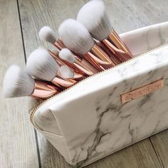 Make-up: spectrum makeup brushes gold ombre grey white marble marble face makeup makeup bag