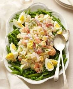 Shrimp Salad with Spring Pea Mix Recipe - Made without mayo, this gets it's creaminess from yogurt-and-mustard dressing. Love this for brekfast! Shrimp Dishes, Shrimp Recipes, Salad Recipes, Shellfish Recipes, Pasta Dishes, Easy Egg Recipes, Healthy Recipes, Healthy Food, Brunch Recipes