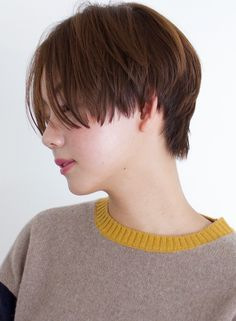 Hair Inspo, Hair Inspiration, Asian Bangs, Tomboy Hairstyles, Shot Hair Styles, Very Short Hair, Korean Fashion, Hair Makeup, Hair Cuts