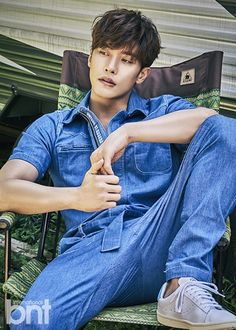"Sung Hoon, star of the recent OCN drama hit ""My Secret Romance"", did a pictorial recently for BNT Magazine and WOW is all we gotta say. He said in the interview portion that he never th… Korean Male Actors, Handsome Korean Actors, Asian Actors, Handsome Asian Men, Handsome Boys, Korean Star, Korean Men, Beautiful Boys, Pretty Boys"