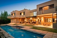 Boasting the finest fixtures & fittings, this Atholl home offers the ultimate in luxury - double volume spaces, marble, water features, natural light, stainless steel & glass. The home includes three flowing receptions, private study, built in coffee bar, feature wine cellar & spacious patio - all opening onto 2090sqm of garden & pool.