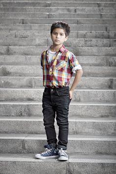Campaña Mundo Kids / Camisa Dunkelvolk - Jeans Cloudbreak