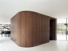 Contemporary Home Concept with Natural Landscaping Ideas: A Wooden Room At The Villa 1 With Elegant Black Piano Decor The Home Library Light. Wood Partition, Wooden Panelling, Futuristic Home, Interior Architecture, Interior Design, Design Interiors, Interior Walls, Sliding Wall, Wooden Room