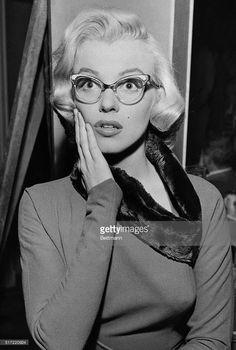 Risultati immagini per how marry a millionaire film eyeglasses