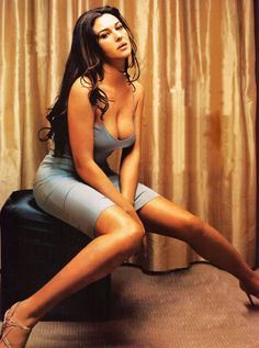 My favorite type of women..Monica Bellucci..never get tired of her...