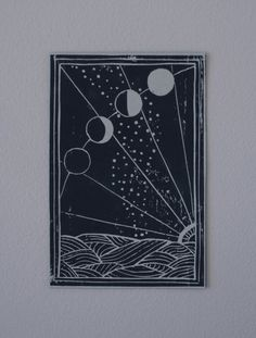 Moons, the moon controls the water, and the stars rising from the sea while the sun is setting. Printed with black linoleum paint on approx. 10x15cm,