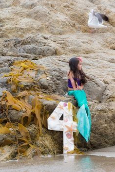 """The Little Mermaid Inspired Birthday Photoshoot! Check out """"Scuttle"""" in the background!   #ariel #disney #mermaid"""