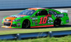 Cut tire ends Danica Patrick's bid for solid finish at Pocono 400 - Autoweek Racing NASCAR news - Autoweek