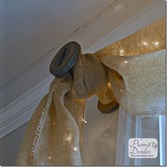 Tie burlap to vintage spools for thrifty, unique window treatments. The mini lights would be a fun decoration at the holidays. Burlap Window Treatments, Unique Window Treatments, Window Coverings, Farmhouse Window Treatments, Country Decor, Rustic Decor, Modern Country, Decoracion Low Cost, Burlap Curtains