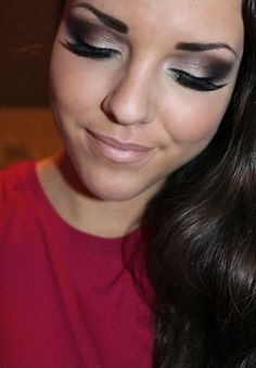 smokey eye+lashes makes any bride look and feel sexy! paired with light blush and nude lip very classy and glamorous!