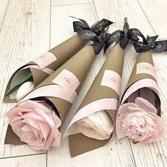 /kamplainnn/ ❃ flowers floral photography bouquet pink Flower Wrap, Wrap Flowers In Paper, Gift Flowers, Valentine Flowers, Valentine Bouquet, How To Wrap Flowers, My Flower, Flower Truck, Mothers Day Flowers