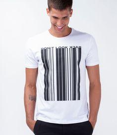 Camiseta masculina    Manga curta    Gola redonda    Com estampa    Marca: Request    Tecido: malha    Composição: 100% algodão    Modelo veste tamanho: M             COLEÇÃO VERÃO 2016             Veja mais opções de   camisetas masculinas.