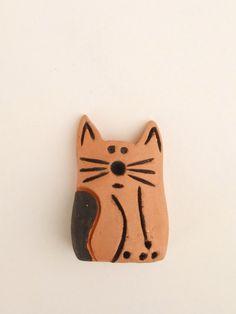 Clay Cat Handmade Fridge Magnet -  Cat Lover Gift - Cat Gifts Christmas, Birthday - Cat Magnet - Ceramic Terra Cotta Cat - Pet Loss Gift