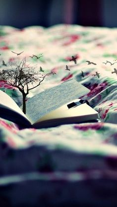 Books that make you Imagine ; I Love Books, Good Books, Books To Read, For Elise, World Of Books, Book Reader, Book Nerd, Writing Inspiration, Book Worms