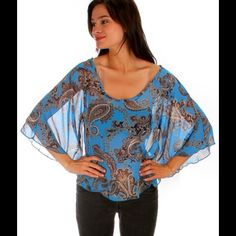 BLUE PAISLEY PRINT RELAXED FIT TOP Fabric Content: 100%POLYESTER Sizes: S-M-L Tops Blouses