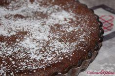 Pour tous les fans de chocolat !! Ingrédients : - 200g de chocolat pâtissier - 200g de beurre - 150g de sucre en poudre - 5 œufs entiers - 40g de farine - Une pincée de sel Faire fondre le chocolat avec le beurre au bain marie (ou au micro-ondes). Séparer...