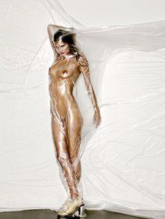 Louis Benzoni, Paris. Props, set design, cosmetics, conceptual, fashion.