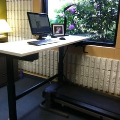 Yes. Yes please #TreadmillDesk . Interesting concept but studies show that your brain is at rest if your body is as well. Who's bringing this up at the next meeting @marcevanrodrigu @jamielkull