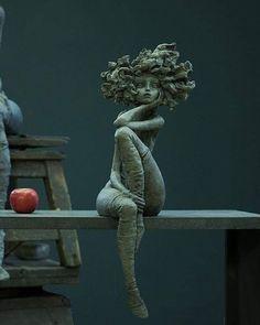 "The ""little good women"" by Valérie HADIDA, sculptor and painter ….- The ""little good women"" by Valérie HADIDA, sculptor and painter … – Skulptur on action – any case – ceramics Sculptures Céramiques, Sculpture Clay, Sculpture Ideas, Abstract Sculpture, Bronze Sculpture, Photo Sculpture, Sculpture Projects, Outdoor Sculpture, Photo D Art"