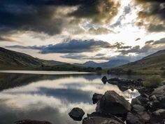 As the sun goes down - iPhone 7 dng by Nigel Lomas North Wales, Iphone 7, Sun, Mountains, Nature, Travel, Naturaleza, Viajes, Iphone Seven